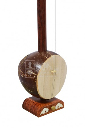 Beijing Rosewood Mid-Pitch Banhu by Man Ruixing